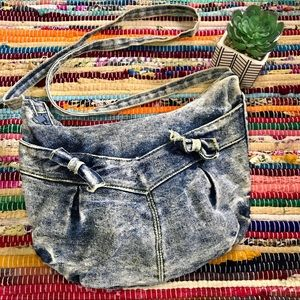 Vintage ~ Acid wash crossbody bag